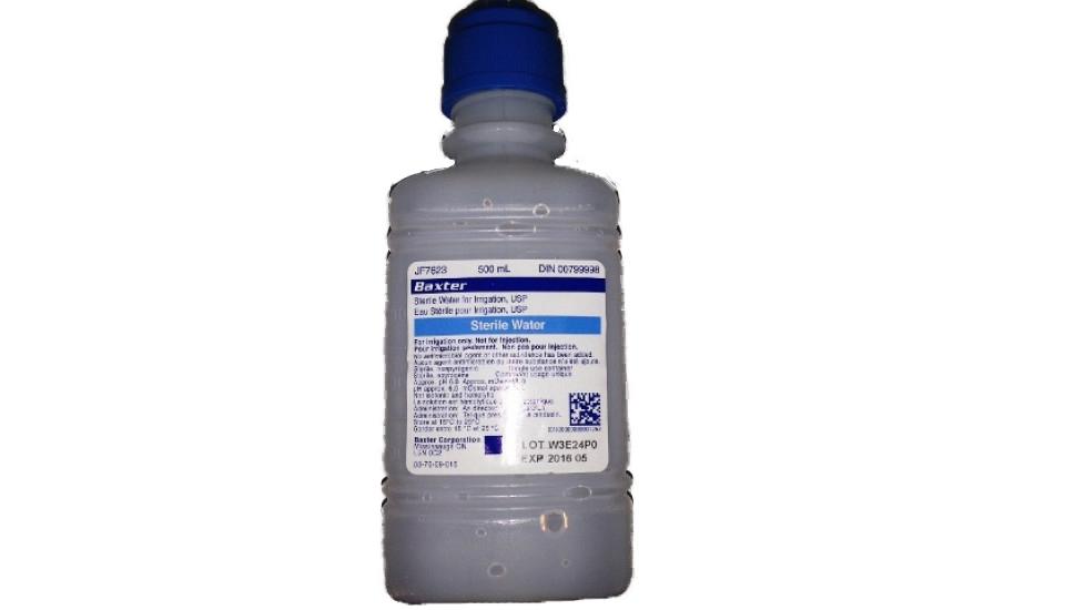 Bouteille d'eau stérile