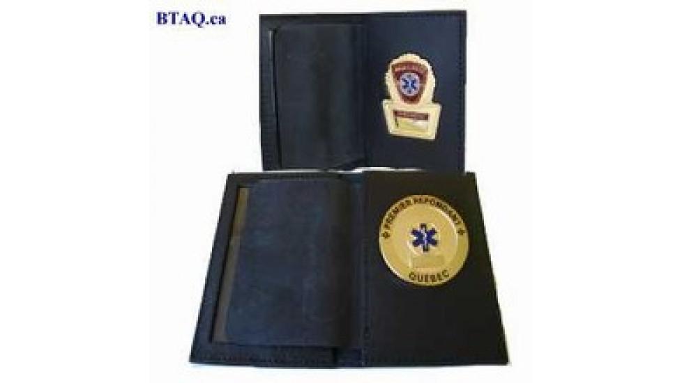 Porte-cartes et insigne